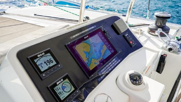 Lagoon 450 F image