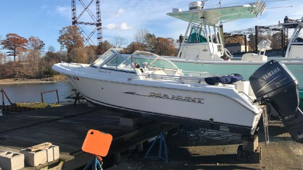 Sea Hunt Escape 186 LE