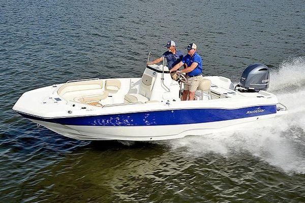 NauticStar 211 Coastal - main image