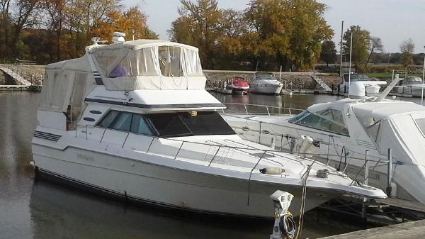 Sea Ray 440 Aft Cabin 1989 Sea Ray 440 Aft Cabin Motor Yacht