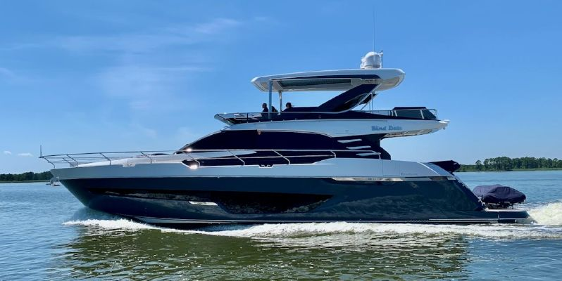 Fairline Squadron 68 - main image