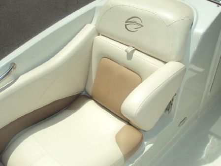 Crownline 285 SS image