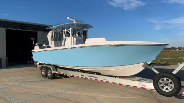 Competition 31 Center Console