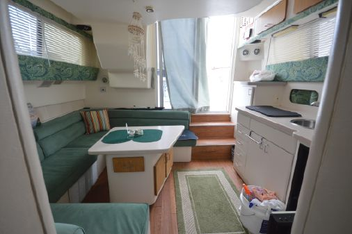 Mainship 31 Sedan Bridge image