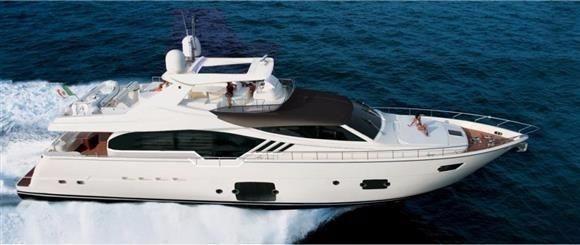 Ferretti Yachts 870 Ferretti 870 running