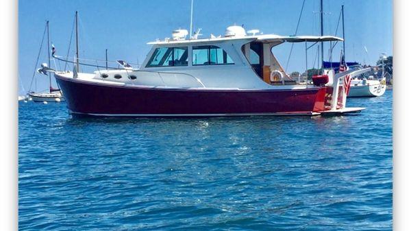 Mast & Mallet 40 Thomas Point Hardtop Cruiser