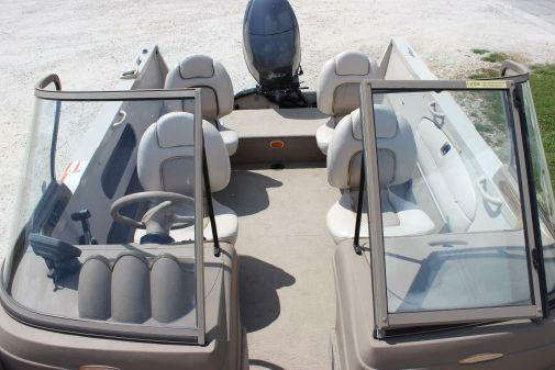 Crestliner Super Hawk 1700 image