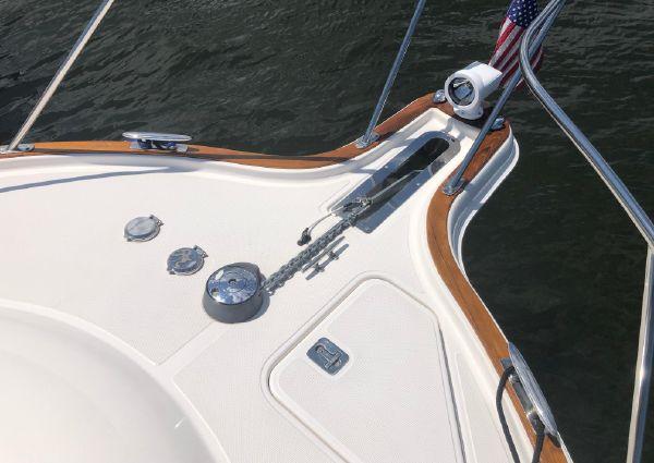 Tiara Yachts 3100 Coronet image