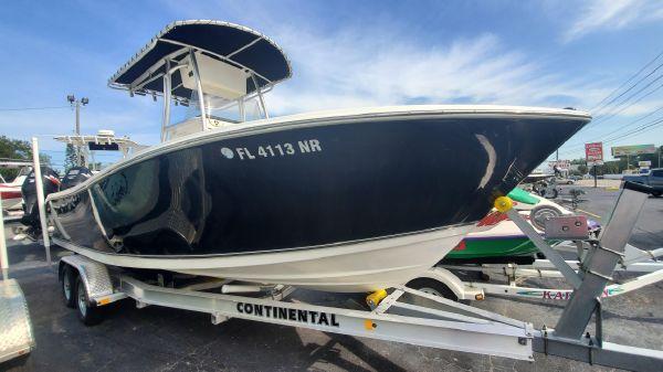NauticStar 2200 Offshore