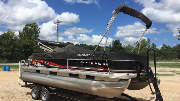 Tracker Sun Tracker Fishin Barge 22