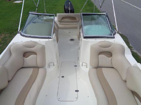 NauticStar 210 DC Sport Deck image