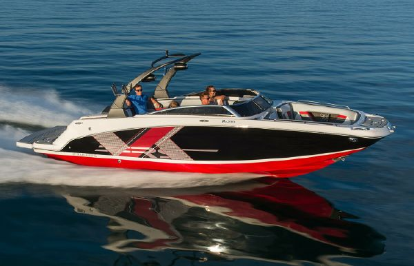 2018 Four Winns HD270RS Surf
