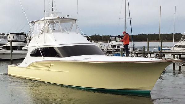 B&D Boatworks Buddy Davis Convertible Sportfish