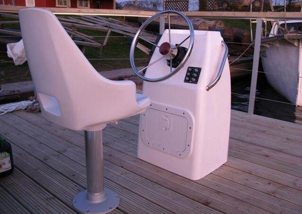 Houseboat - 2021 image