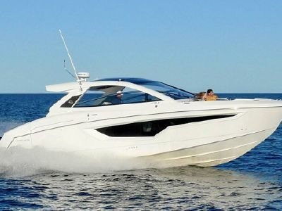 2022 Cruisers Yachts<span>42 GLS</span>