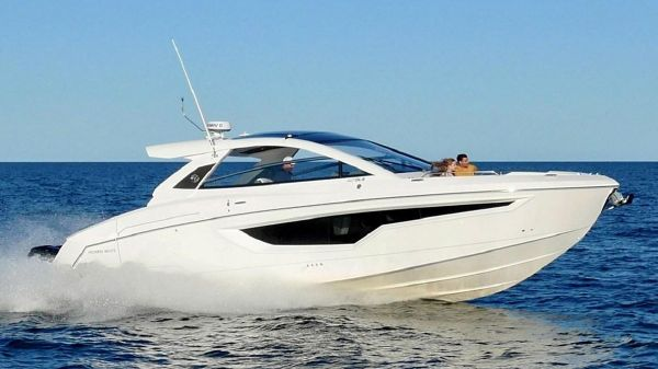 Cruisers Yachts 42 GLS