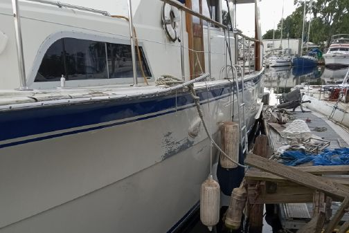 Hatteras 58 Yachtfish image