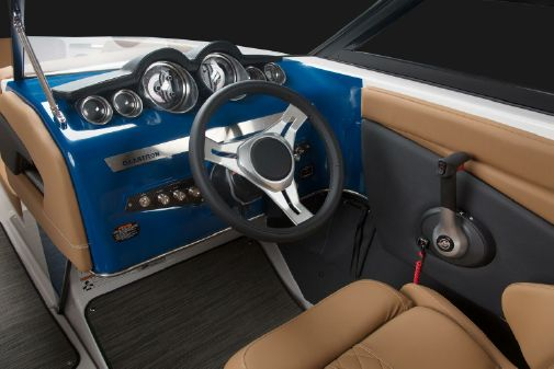 Glastron GT 225 image