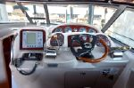 Sea Ray 320image
