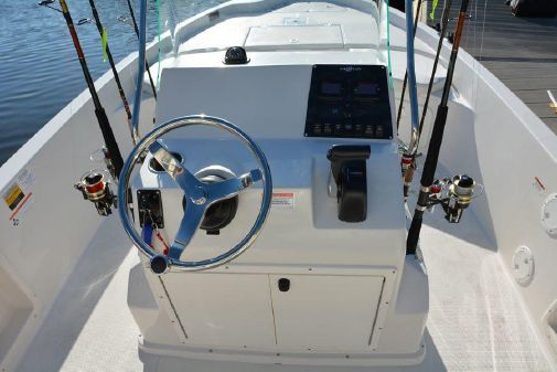 Sailfish 1900 BB Bay Boat image
