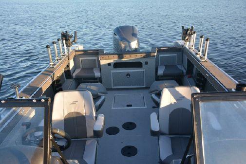 Starcraft Fishmaster 210 image