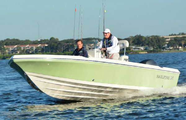 2019 Sailfish 2100 BB Bay Boat