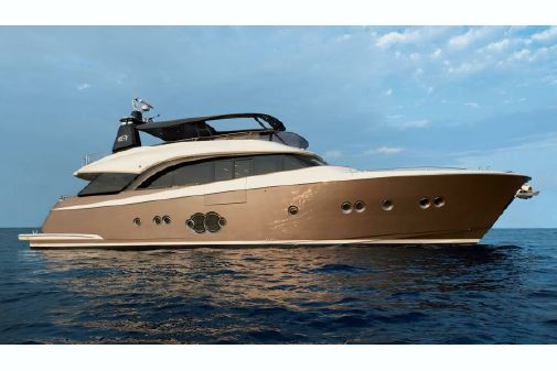 Monte Carlo Yachts MCY 86 image