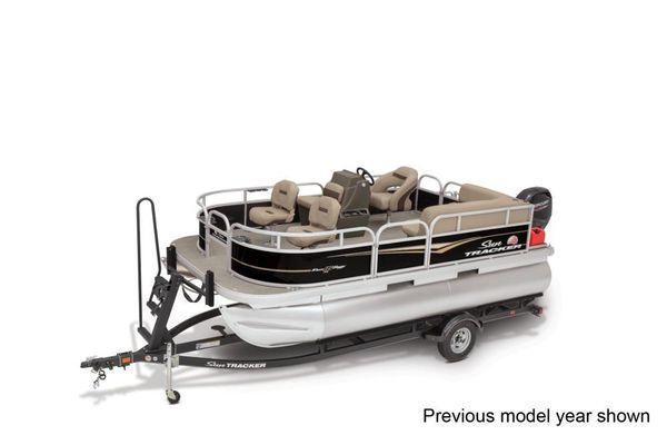 Sun Tracker Bass Buggy 16 XL - main image