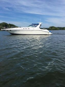 Sea Ray 400 Express Cruiser image