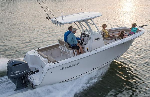 2019 Sailfish 241 CC