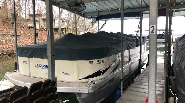 Voyager Pontoons 25 Extreme Cruise Express