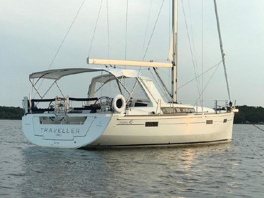 Beneteau Oceanis 45 - main image