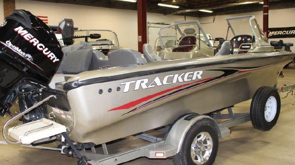 Tracker Tundra 20 Sport