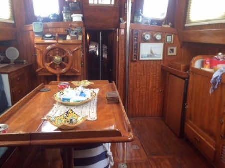 American - Sino Yacht image