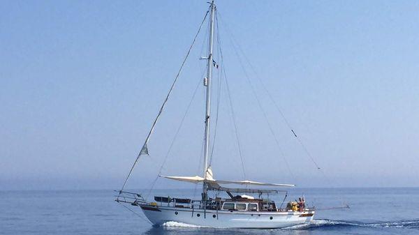 American - Sino Yacht