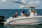 Boston Whaler 250 Outrageimage