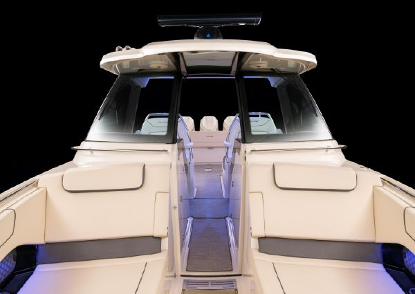 Chris-Craft Calypso 35 Heritage Edition image