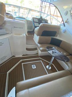 Cruisers Yachts 400 Express image
