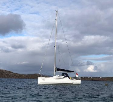 Beneteau First 27.7 image