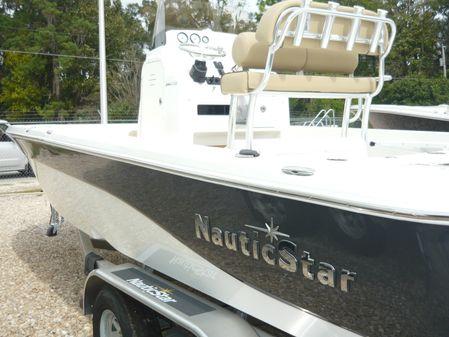 NauticStar 244 XTS image