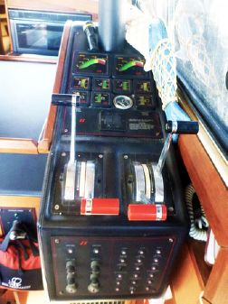 Bayliner 3870 image