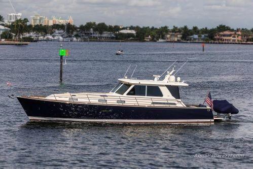 Sabre Yachts 52 Salon Express FullSizeRender.jpg