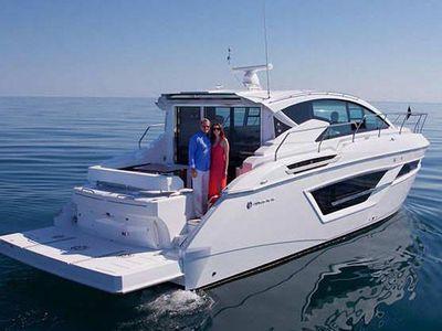 2020 Cruisers Yachts<span>46 Cantius</span>