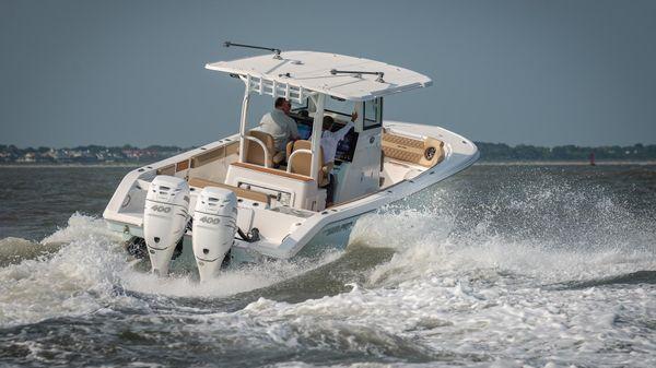 Sea Pro 320 DLX