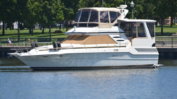 Sea Ray 415 Aft Cabin MY