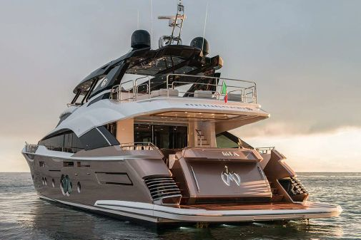 Monte Carlo Yachts MCY 96 image
