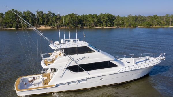 Hatteras 70 Enclosed bridge convertible