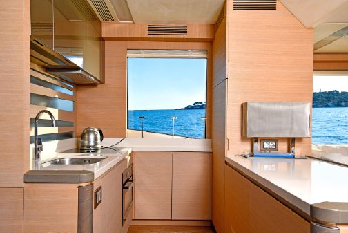Monte Carlo Yachts 70 image