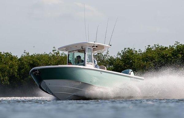 2021 Everglades 273 Center Console