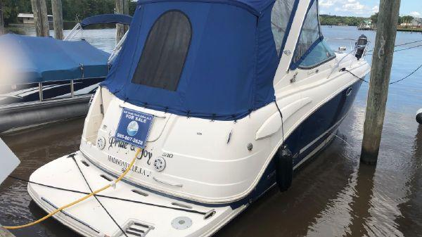 Chaparral 310 Signature Express Cruiser